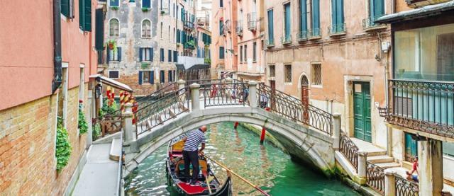 バカラ発祥国イタリア