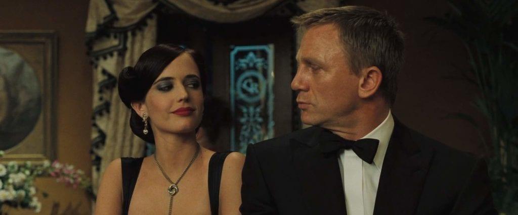 007 カジノロワイヤル ボンドガール2