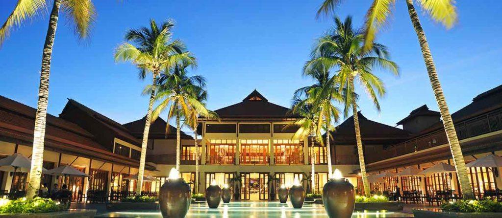 フラマリゾートホテル